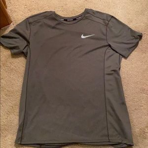 Nike dri-fit tee!
